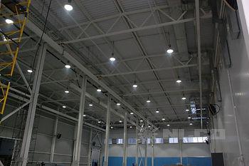 Светодиодный промышленный светильник для завода