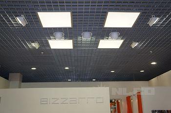 освещение магазинов, освещение супермаркетов, освещение гипермаркетов, торговое освещение, торговые светильники, трековые светильники, трековые прожектора