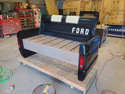 Bronco Bench