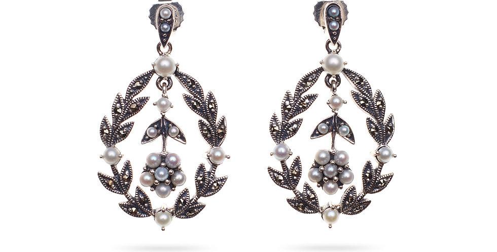 AlpilinkA Earrings