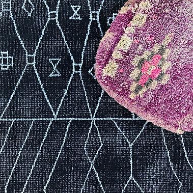 assorted blackbeni rugs