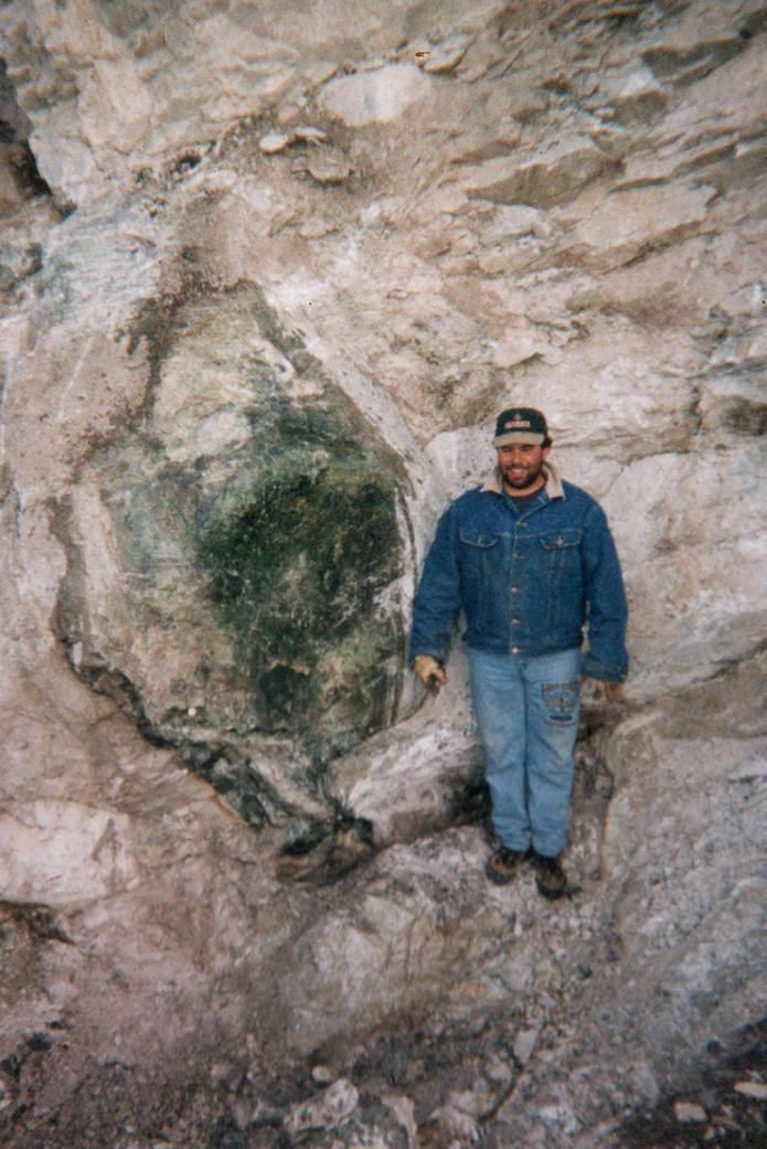 A large column of nephrite jade