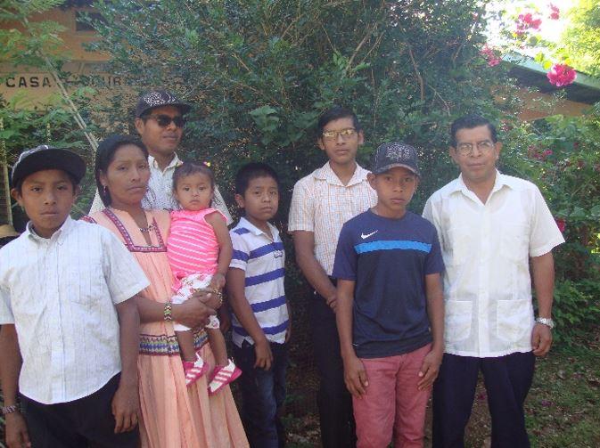 Misión Santa Teresita, Student Board