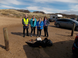 Thank you to all volunteers who joined in the Beachwatch clean on Monday