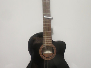 Classical guitar for sale - NOW SOLD