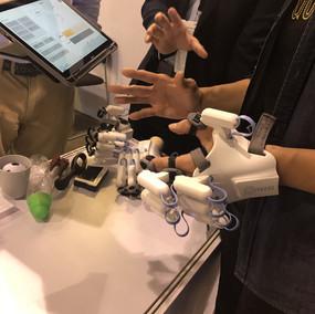 Robotrehabilitering av handfunktion efter t.ex. stroke.