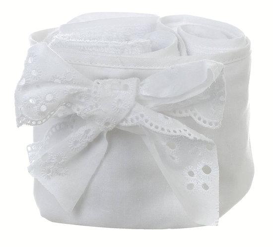 Gli innamorati - Cestino bianco sangallo con 3 lavette