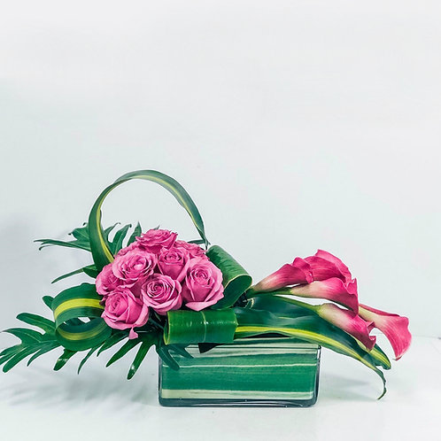 Modern Look Flower Arrangement
