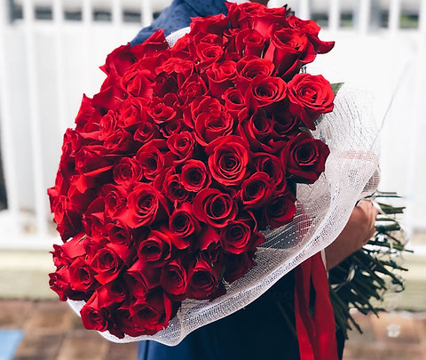 100 Red Roses - Premium Bouquet