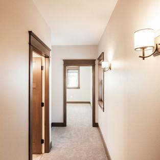 650th Avenue Master Ensuite Hallway