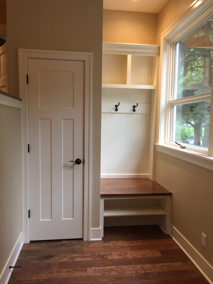 Mudroom_Farley Mud Bench 2.jpg