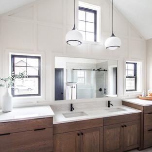 5438 Windrose Spec Master Bath Vault Ceiling