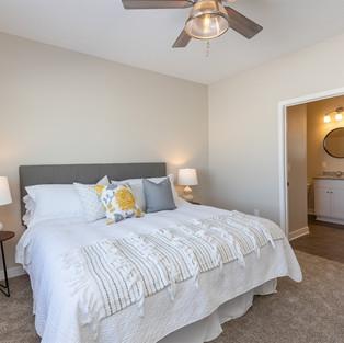 927 Henryson Master Bedroom