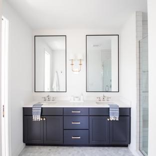 2019 P.O.H. Master Bathroom