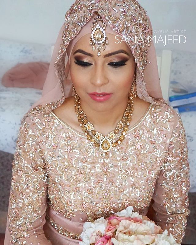 Another beautiful hijabi bride of mine. Shimmery peach shade on the lid to complement her gorgeous o