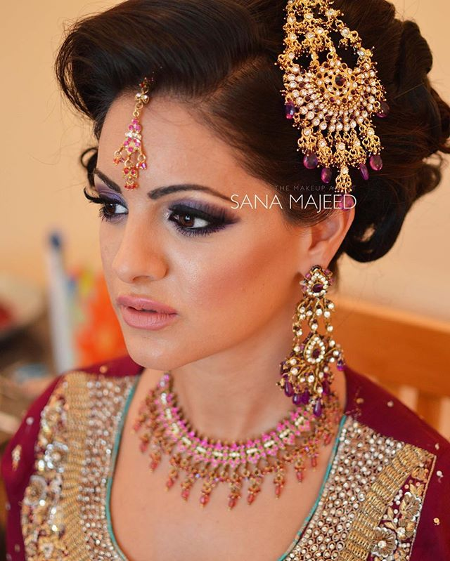 Throwback to one of my fav bridal looks.jpgLove the bronzy cheeks with the highlighter and hint of p