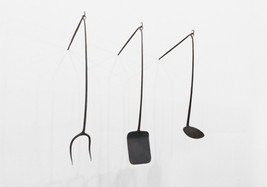Utensil Set (installed with hooks)