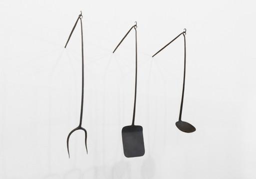 Utensil Set (installed with hooks)