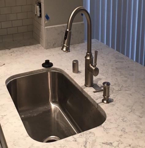New Kitchen Sink Faucet & Fixtures