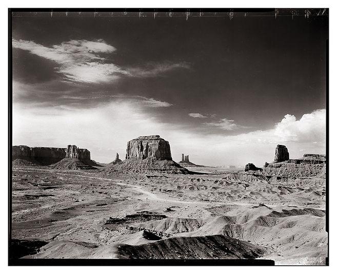 Monument-Valley-FULL-FRAME.jpg