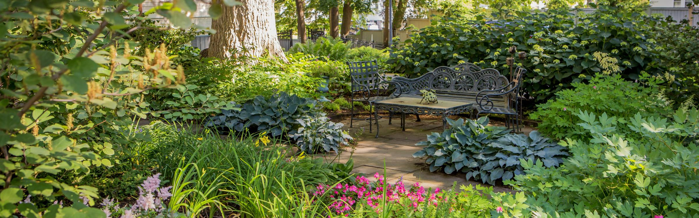 beautiful-patio-landscape