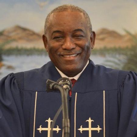 Rev Lee.jpg