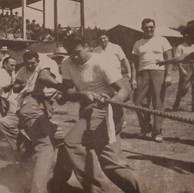 Tug-of-War, Carding vs. Shop 1948