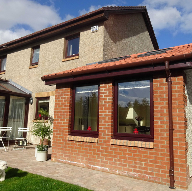 A sunny garden room and open plan kitchen