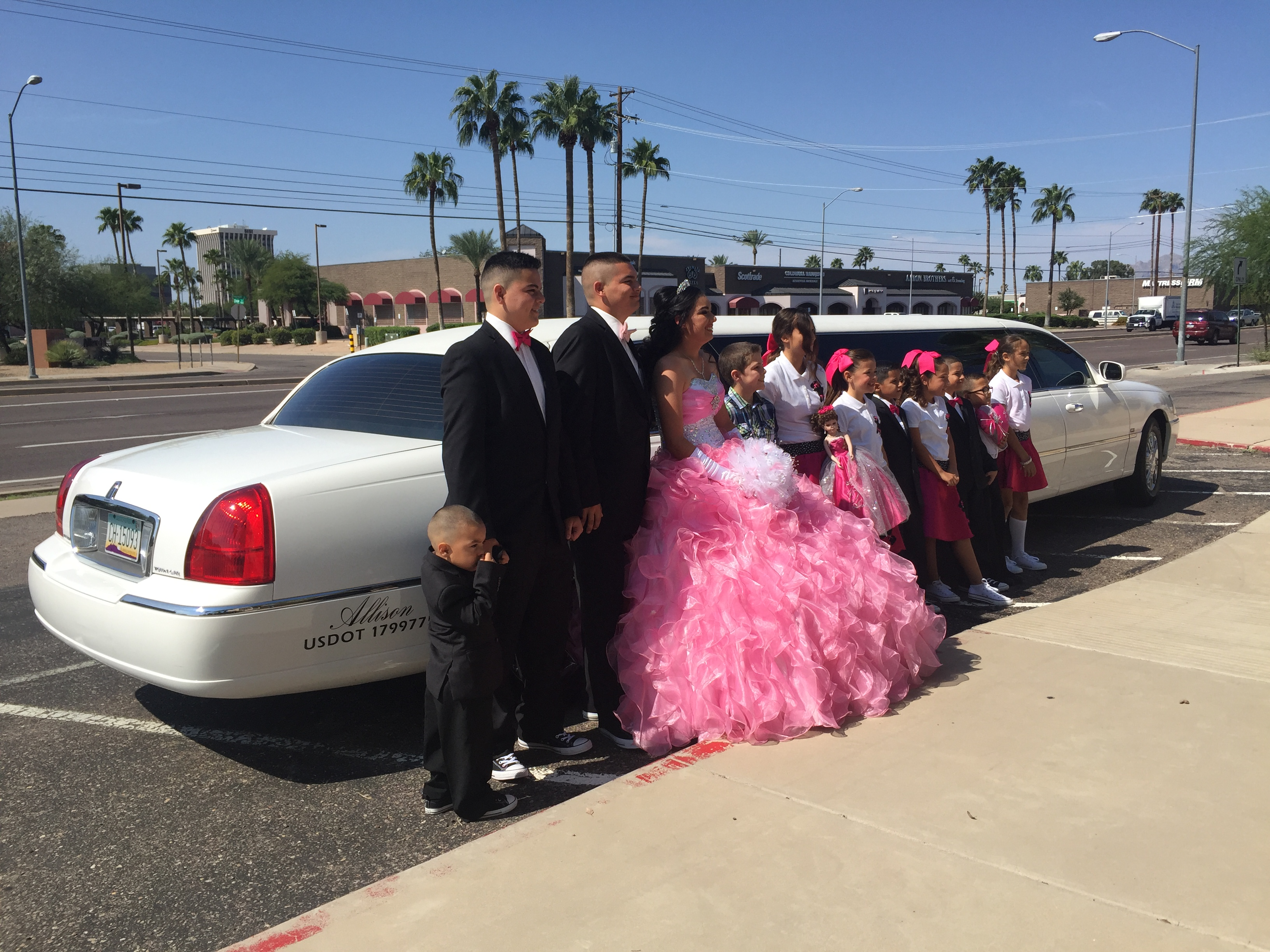 Lincoln Town Car Stretch / Quince