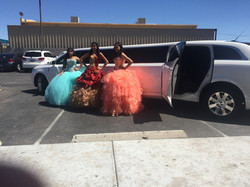 Quinceañera's with out Lincoln MKT