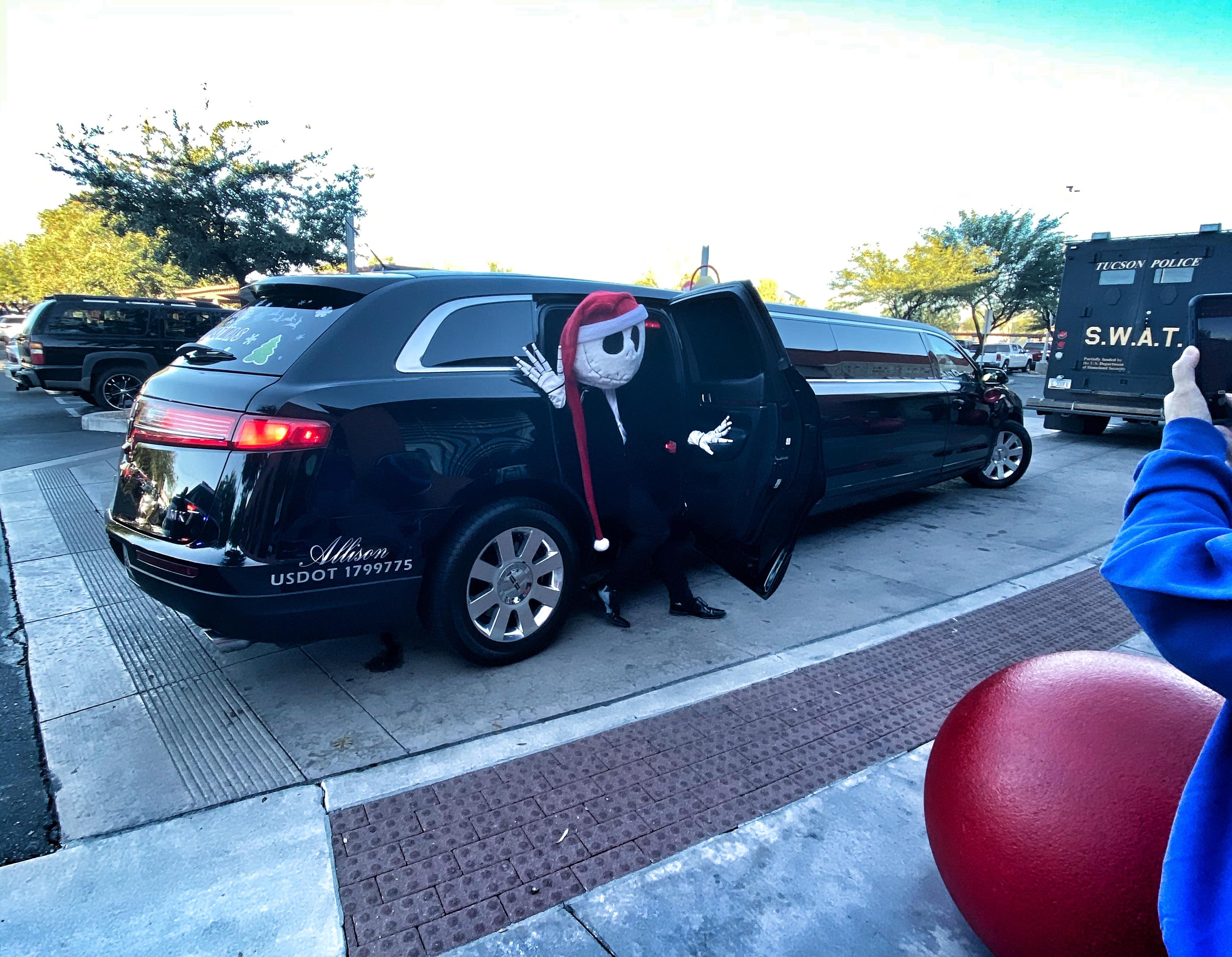 Lincoln MKT limo