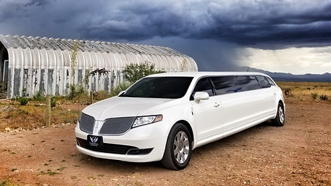 2018 Lincoln MKT stretch limousine