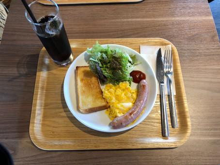 ルッソで朝食