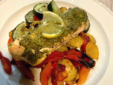 Gegrilde groenten en zalm uit de oven