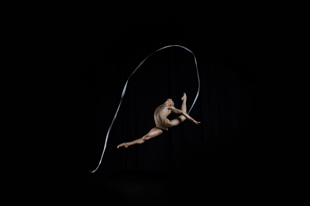 Ben  Bronze medal at Cirque de Demain