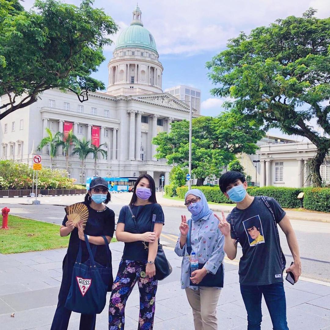 Singapore Civic District Walking Tour