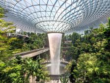 Mandarin speaking tour at Changi Jewel