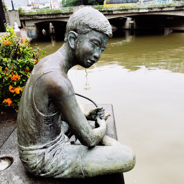 Art Statue along Singapore River