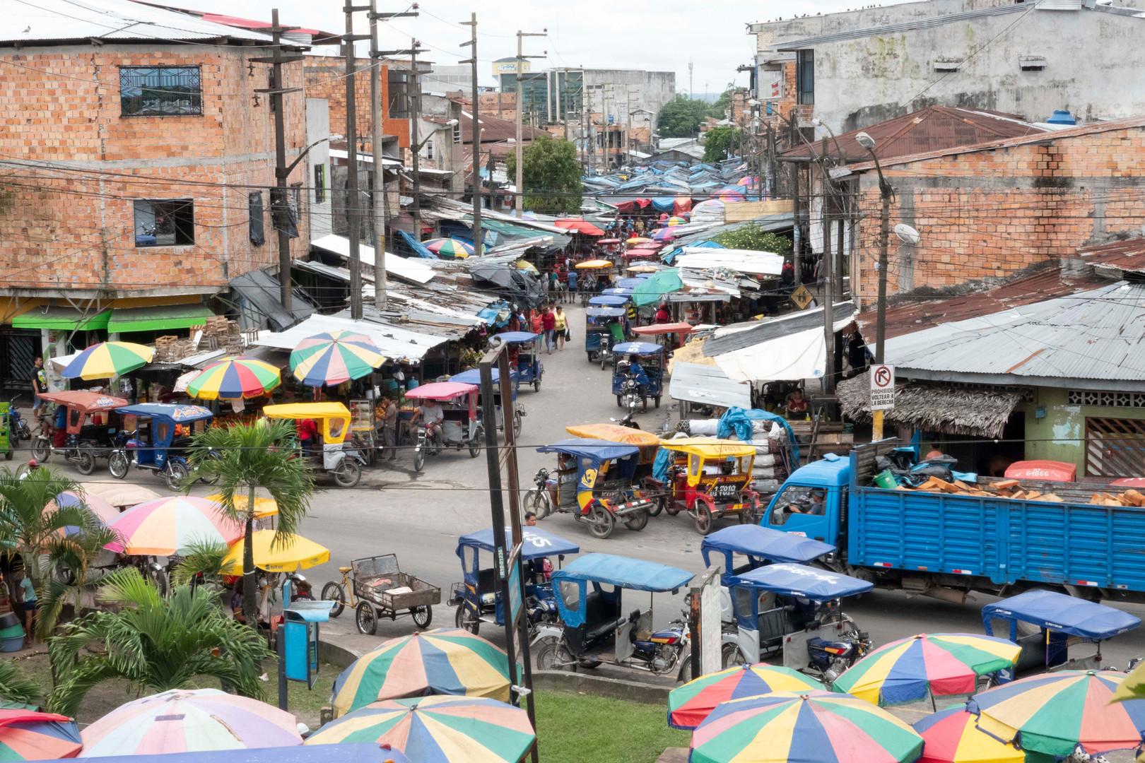 4. Market in Iquitos DSC00233.jpg