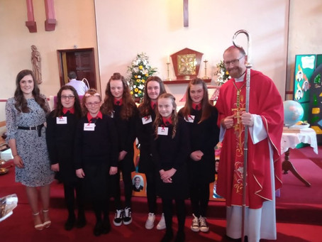 Congratulations to our 6th class girls who received the sacrament of confirmation recently.