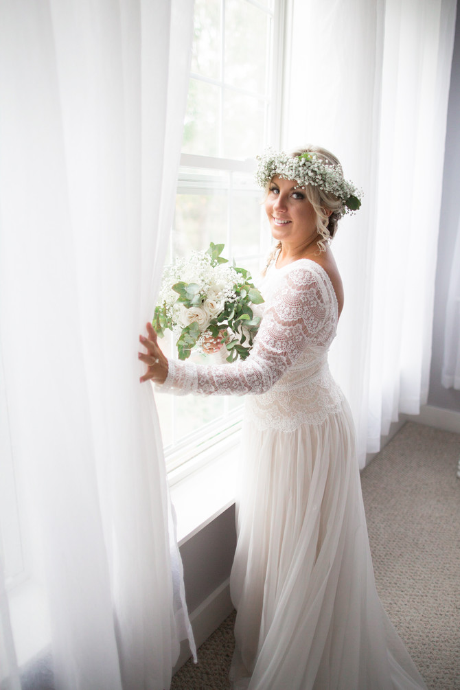 My 8 BEST TIPS for a LOW STRESS WEDDING…