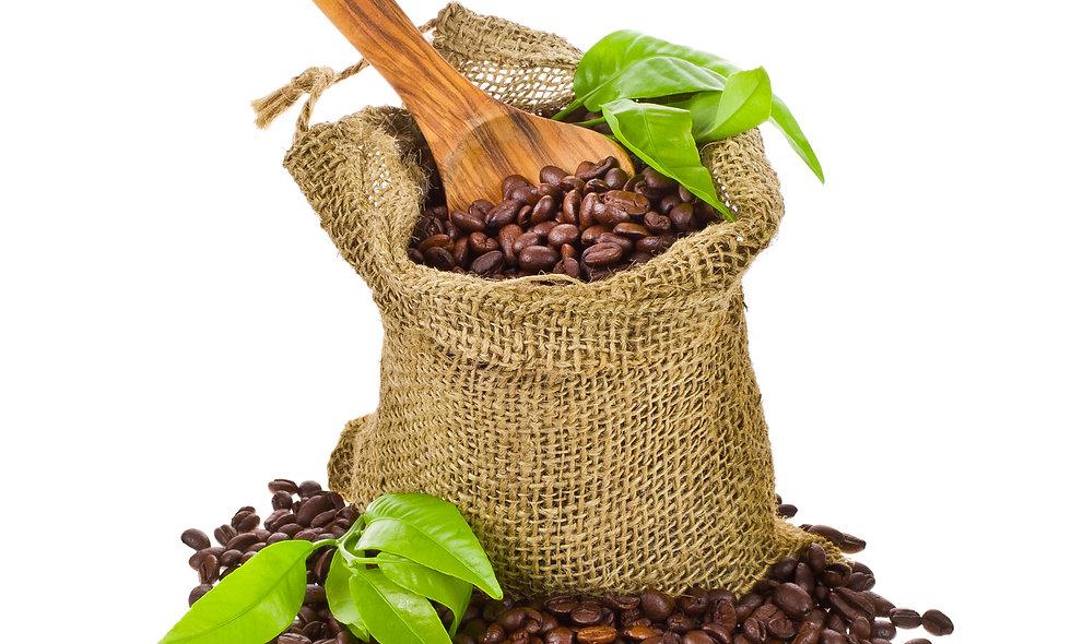 Bio-Kaffeebohnen in rohe Vegan Bio-Schokolade