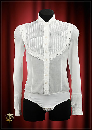 Body blouse made of silk muslin with folds and lace. DressTheatre Couture