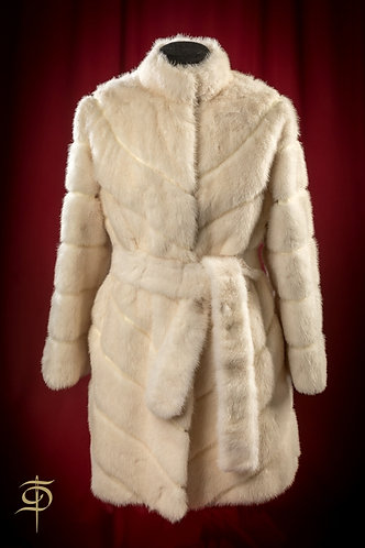 White mink fur coat with a belt DressTheatre Couture