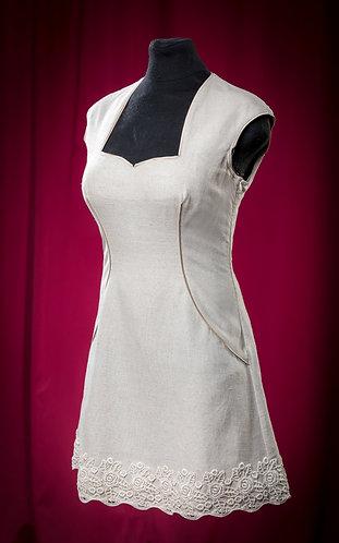 Платье из льна с отделкой кружевом. DressTheatre Couture by Dora Blank