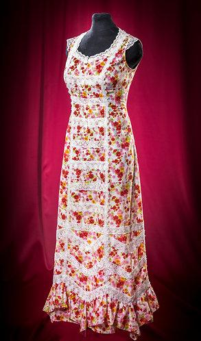 Платье из батиста с кружевом длинное. DressTheatre Couture by Dora Blank