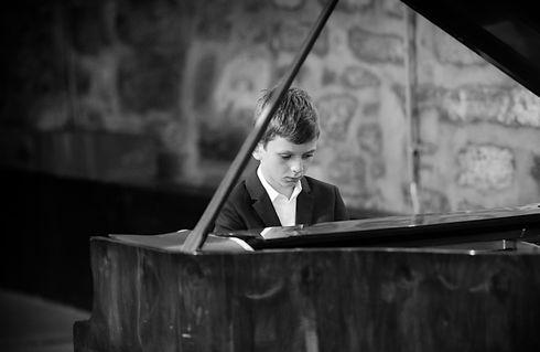 Michail Gorshkov Swiss Music School.jpg
