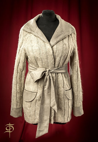 Кардиган вязаный сетло-серый с отделкой эко-замшей DressTheatre Couture