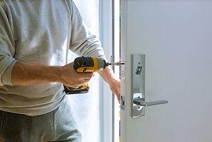 Emergency-Locksmith-Services-in-Winnipeg