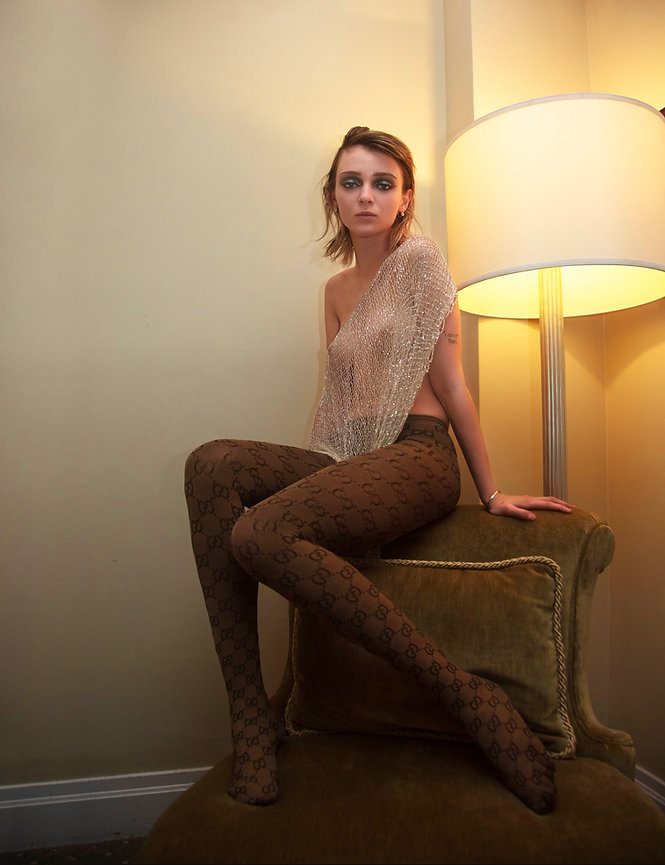 Olesya_MOOD_magazine_21.jpg